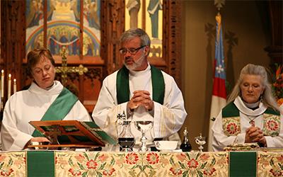 worship-clergy