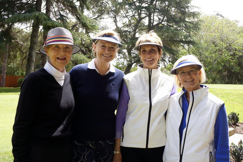 Women's Flight:  Barbara Rack, Raye Haskell, Linda Whiston, Karen Peus